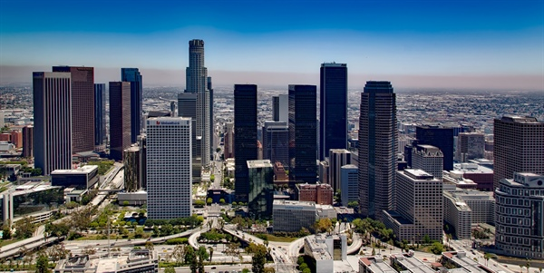 Air Quality in the Los Angeles Basin Increasingly Dependent on Temperature